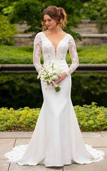 Vintage-inspired wedding dress with sleeves from Essense of Australia