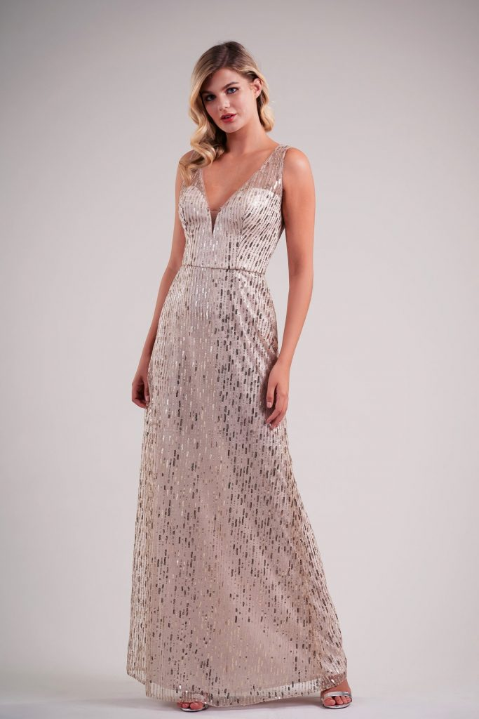 Long bridesmaid dress with sequins and V-neck