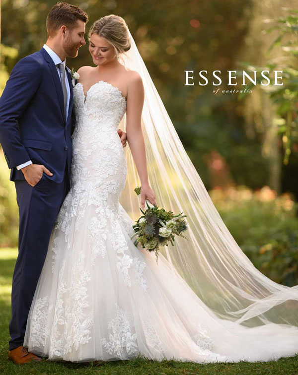 Strapless Fit and Flare Wedding Dress With Veil