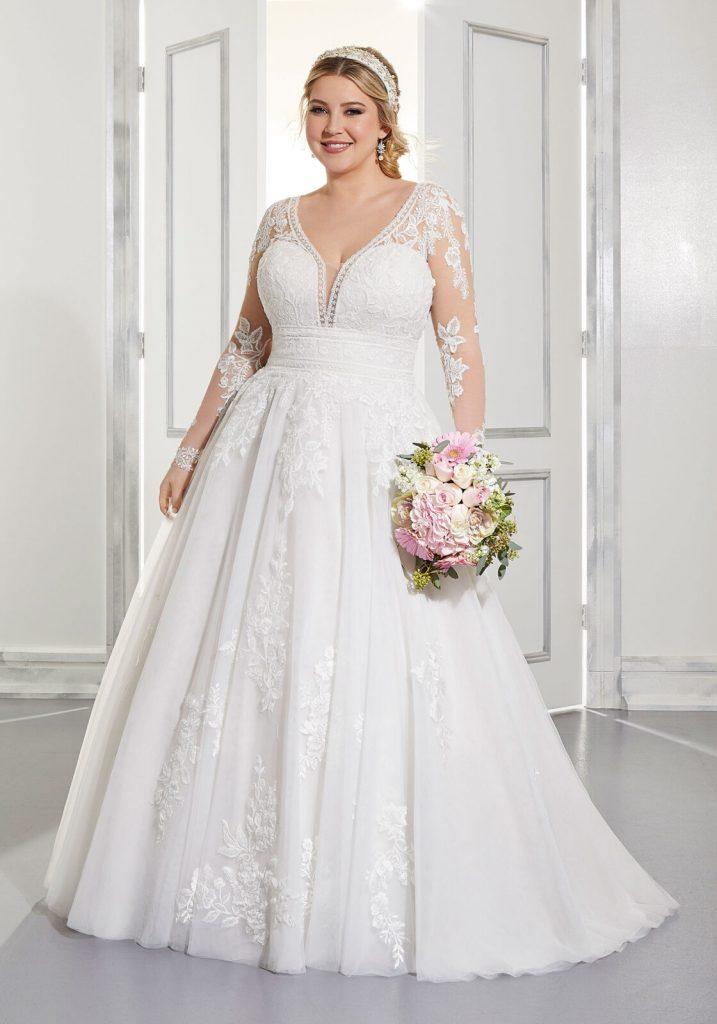 Long-sleeved plus-size-wedding-dress