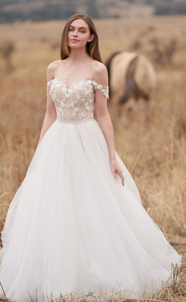 Romantic Ballgown Wedding Dress With Off-THe-Shoulder Cap Sleeves
