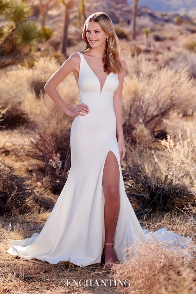 Sleeveless jersey fit and flare wedding dress