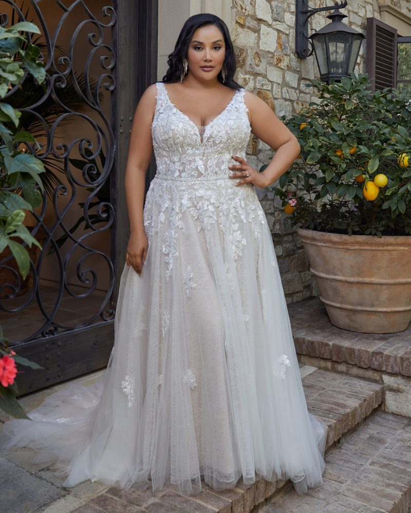 Plus-size sleeveless A-line bridal gown
