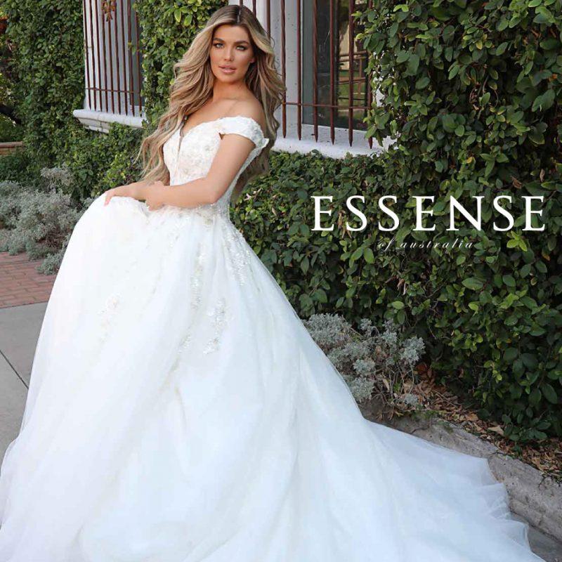 Beautiful ballgown wedding dress with big skirt from Essense Of Australia